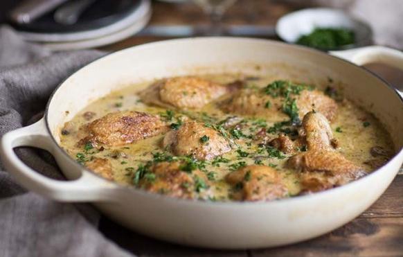 Κοτόπουλο με σάλτσα chardonnay