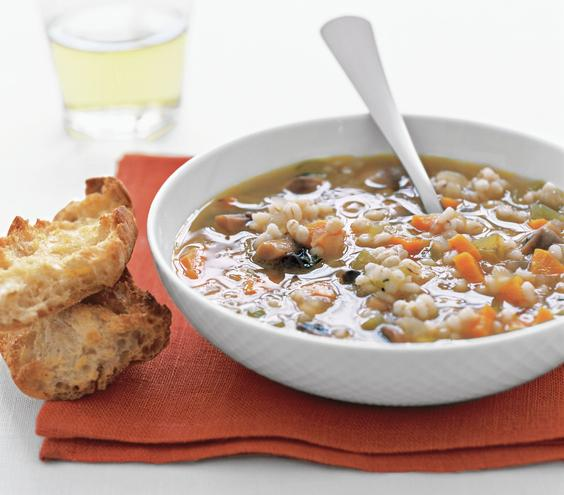 Μανιταρόσουπα με πτισάνη (αρχαία σπορά κριθαριού )και λαχανικά