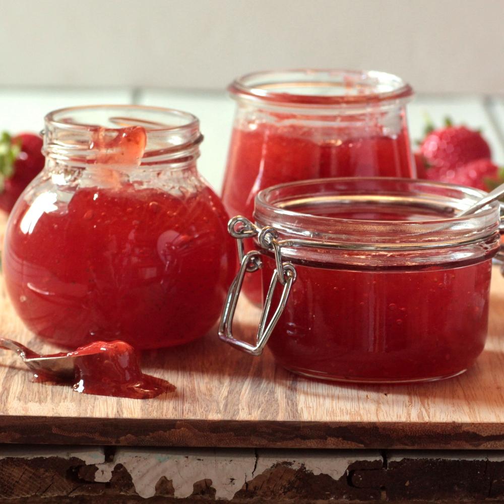 Μαρμελάδα φράουλας με Pimms τζίντζερ