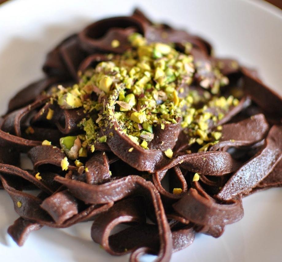 Ταλιατέλες σοκολάτας