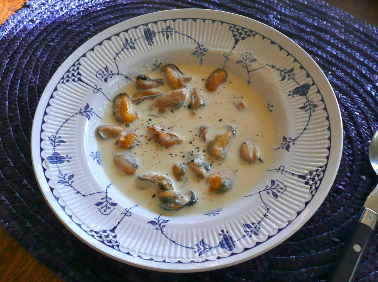 Μύδια λευκό σαγανάκι